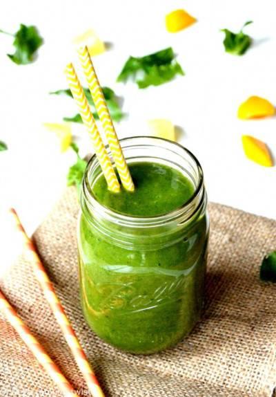 Smoothie vert détox aux saveurs tropicales