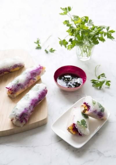 Rouleau de printemps mangue tofu fumé