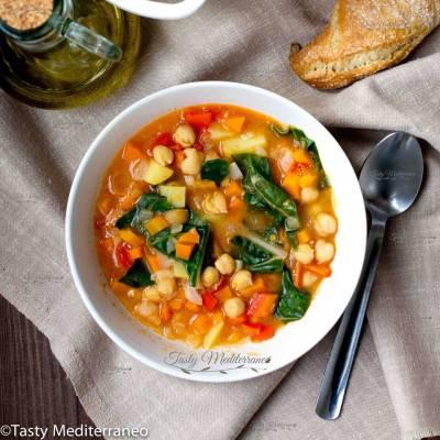 Pot au feu méditerranéen aux pois chiches et légumes