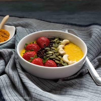 Porridge d'avoine au curcuma
