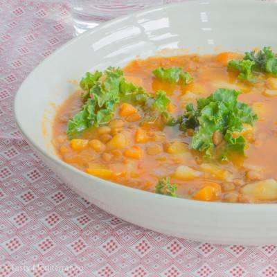 Soupe de lentilles au chou kale