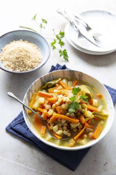 Couscous aux navets, poireaux et carottes