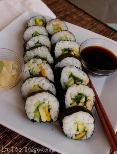 Maki salade, mangue, concombre et avocat