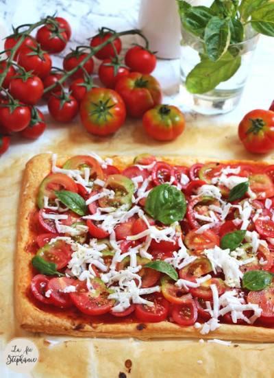Tarte apéritive à la tomate