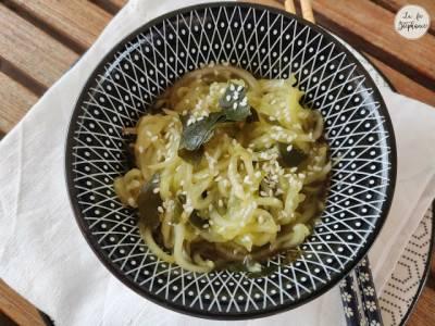 Concombre en sauce asiatique aux algues