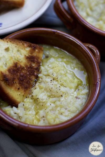 Soupe de riz au chou frisé