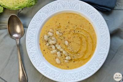 Soupe de polenta aux haricots blancs
