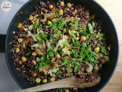 Poêlée de riz complet au curry et pois chiches