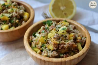 Salade de riz à la mangue et à l'ananas