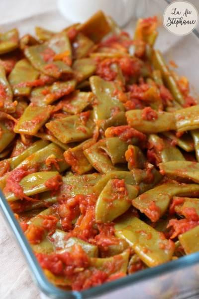 Poêlée de haricots plats à la tomate