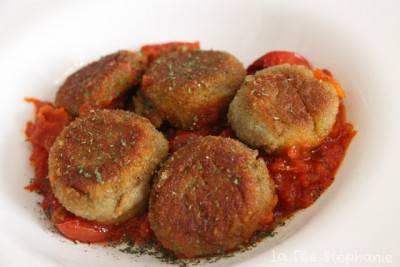 Croquettes aux artichauts en sauce tomate