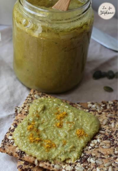 Dips de lentilles vertes à la mangue et au curry