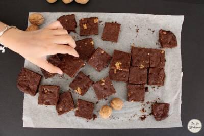 Brownies aux noix et au beurre de cacahuètes