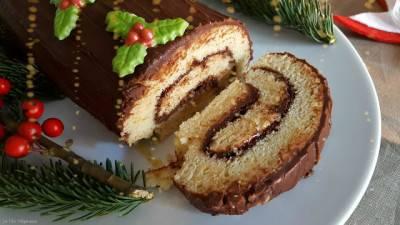 Buche de Noël à la mandarine et ganache au chocolat