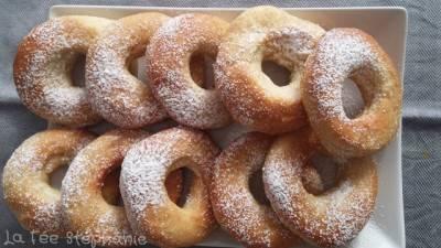 Donuts nature végans, légers et moelleux