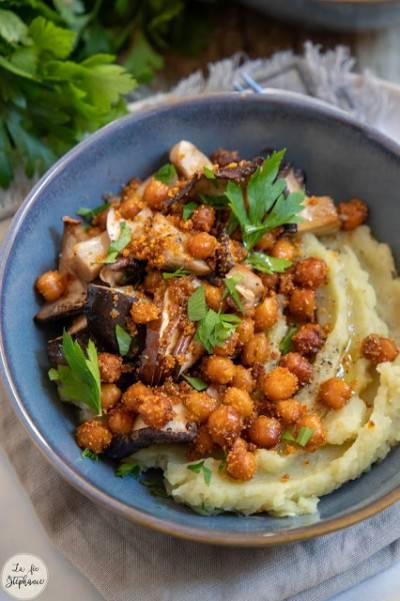 Purée de patates douces + champignons rôtis + pois chiches
