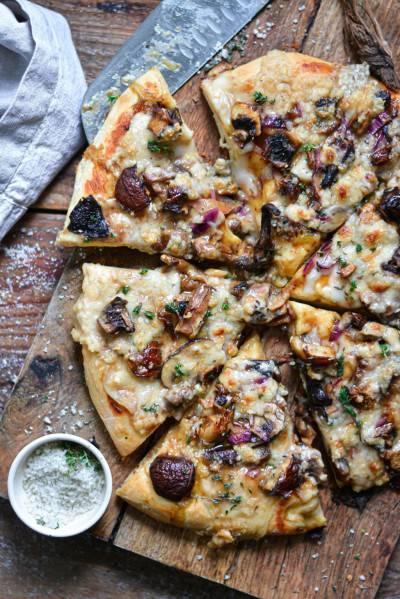 Pizza aux champignons et balsamique
