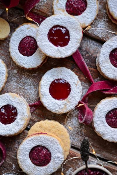 Biscuits sablés à la confiture façon linzer