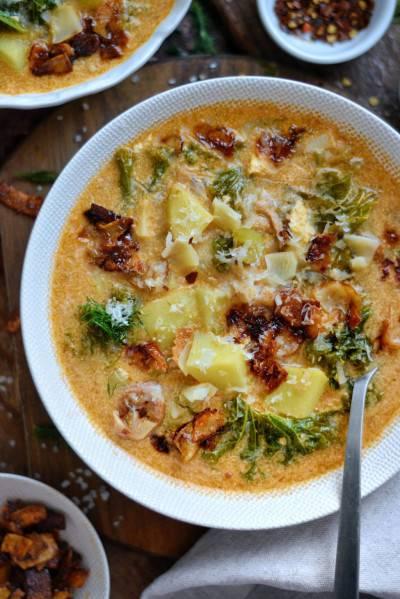 Soupe toscane au pesto, kale et bacon végétal