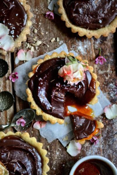 Tartelettes véganes chocolat-caramel