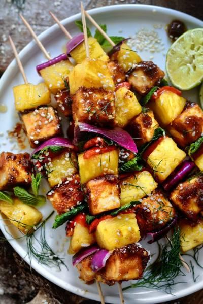 Brochettes de tofu à l'ananas