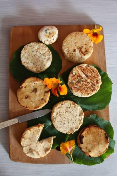 Crottins rôtis à l'okara de soja
