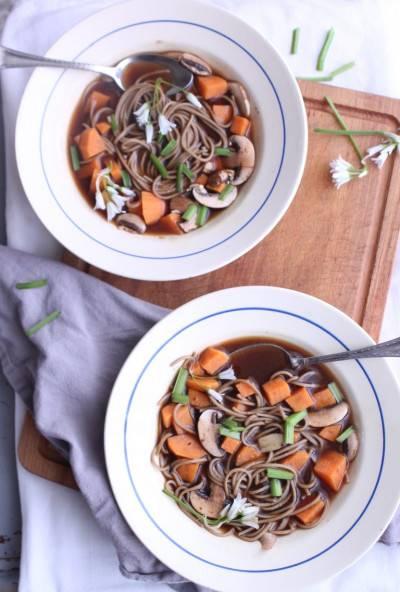 Soba et patate douce au bouillon miso
