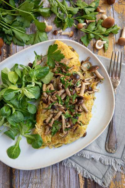 Omelette végane au chou vert et champignons