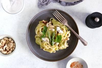 Pâte à la crème d'asperges et curry vert
