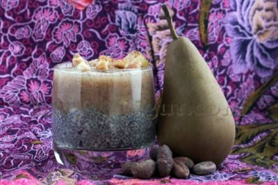 Porridge de graines de chia aux fruits