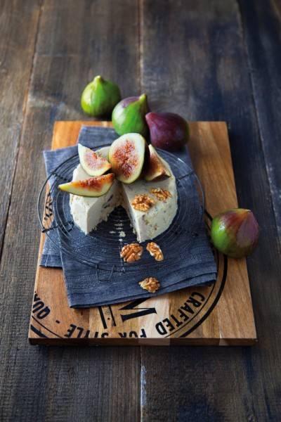 Fromage végan aux figues et aux noix