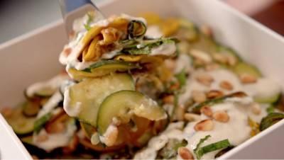 Salade de courgettes grillées au tahini