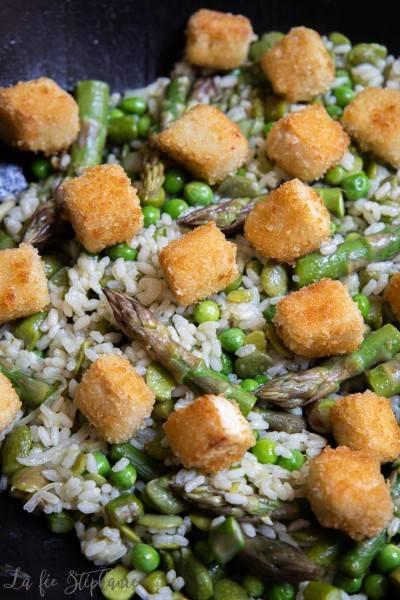 Riz aux légumes et nuggets de tofu