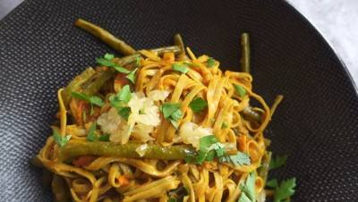 Nouilles soba aux haricots verts épicés