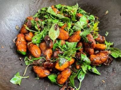 PST façon poulet au basilic thaï