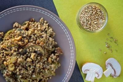 Poêlée végane de sarrasin aux champignons