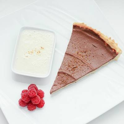 Tarte au chocolat et sa crème anglaise