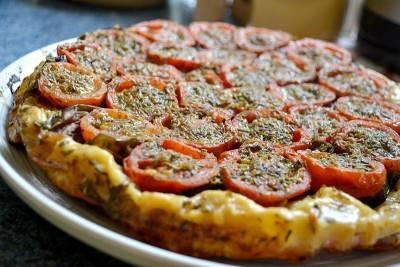 Tarte tatin végane tomate-aubergine