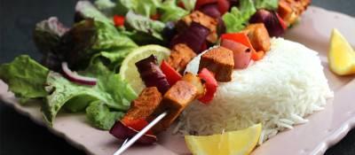 Brochettes de fruits du jacquier tandoori
