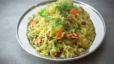 Riz indien à la menthe et aux légumes