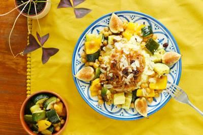 Couscous végan façon tfaya aux oignons caramélisés